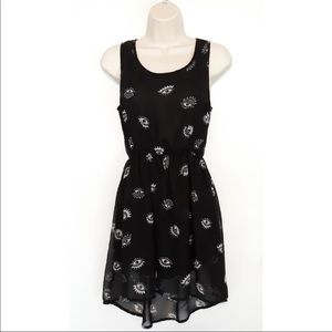 Divided mystic eye dress from H&M